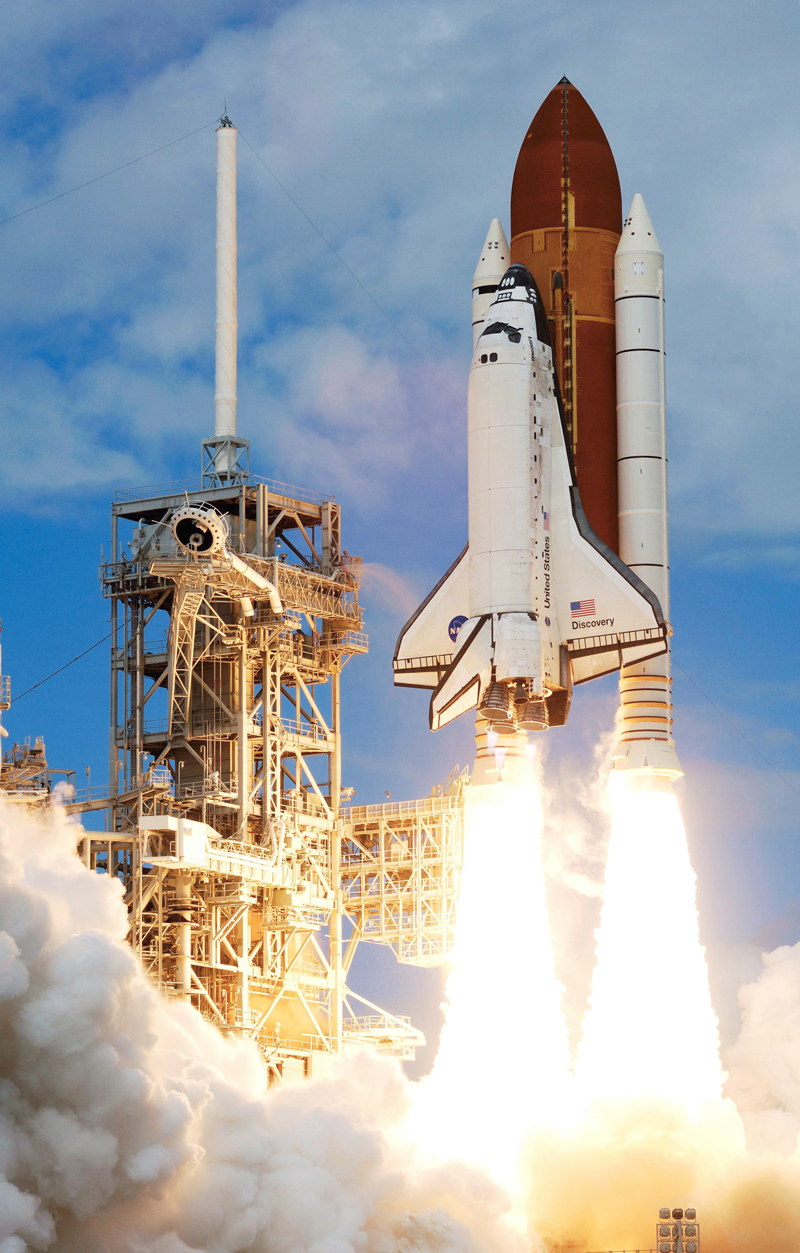Space shuttles and the history of reusable spacecraft
