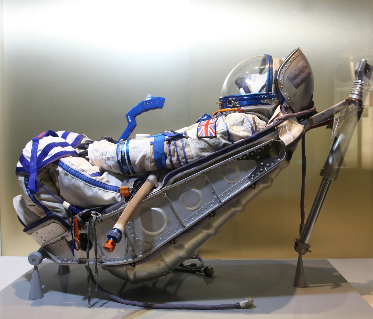 5. What five objects shouldn't be missed on a visit to the National Space Centre?