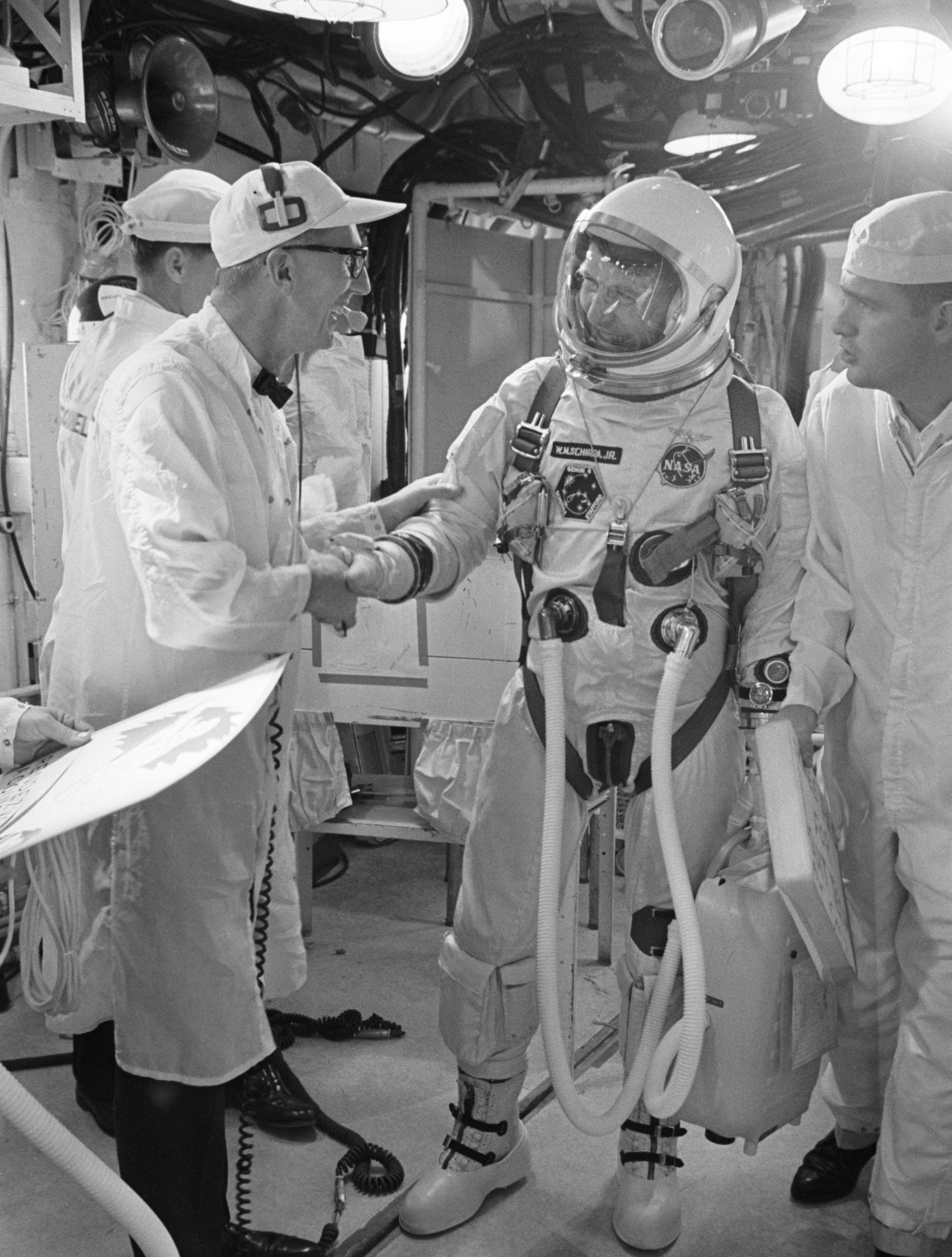 How the Apollo 13 Crew were saved by the Omega Speedmaster